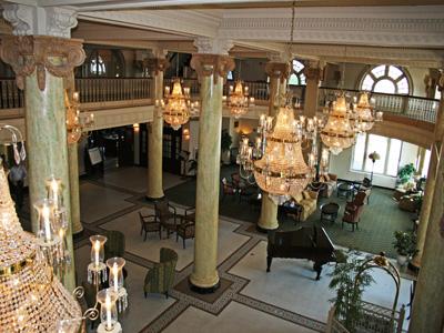 Hotel Utica In Ny
